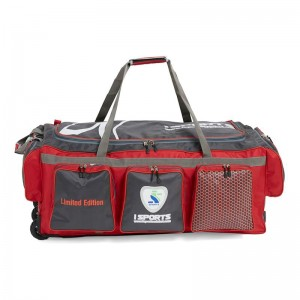 Isports limited Edition Wheelie Kit Bag
